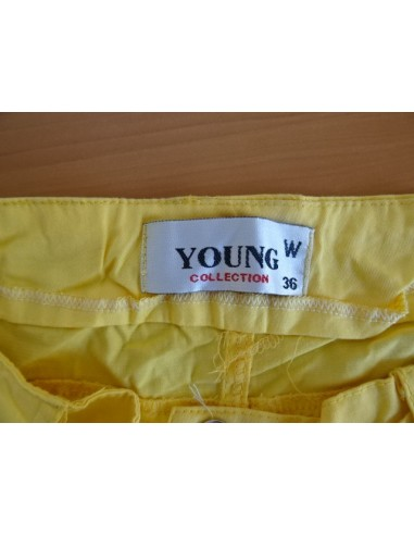 Pantaloni scurti YOUNG collection