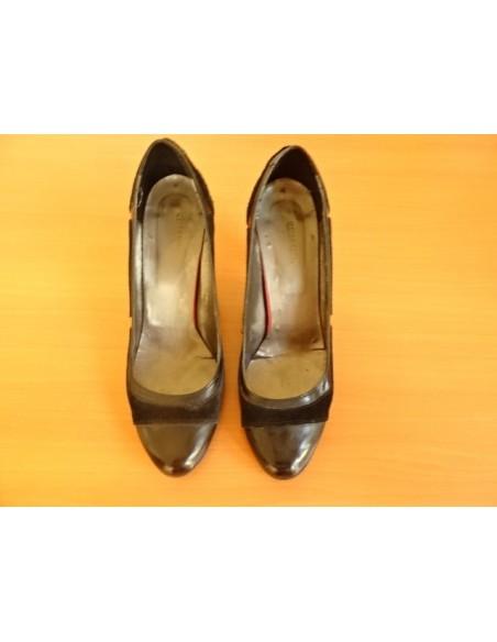 Pantofi negri cu toc