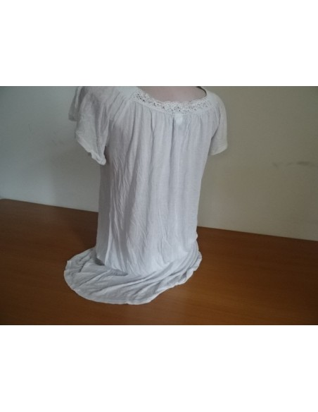 Bluza alba cu maneca scurta