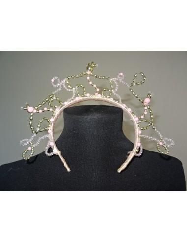 Coronita eleganta cu margelute fetite
