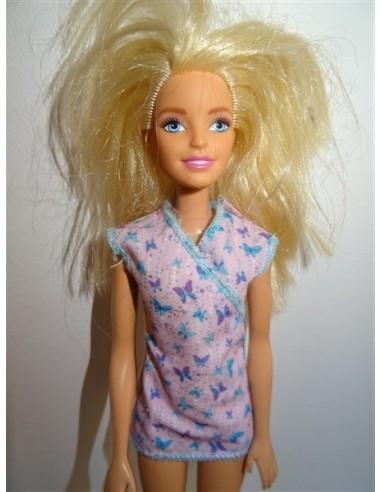 Papusa blonda cu rochie scurta cu...