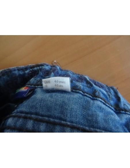 Jeans model imprimat