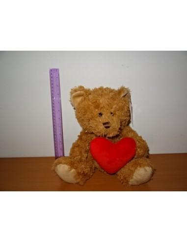 Ursulet maro cu inimioara rosie