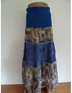 Fusta lunga dama albastra si imprimeuri