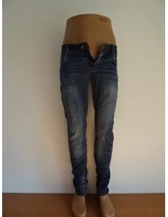 magazin online frumosi pantofi design inovator Pantaloni de dama ieftini - SC VAM BERCENI SRL