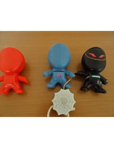 Set 3 eroi de plastic copii
