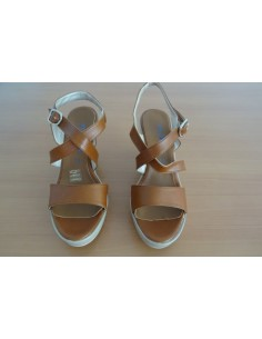 Sandale din piele cu platforma si toc