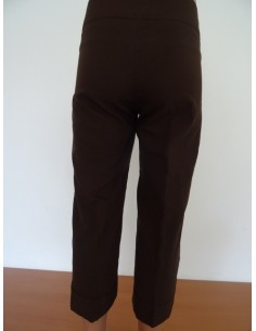 Pantaloni trei sferturi cu dunga