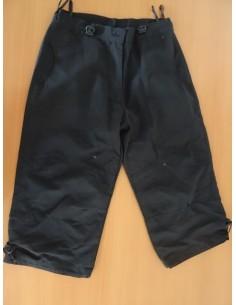 Pantaloni negri trei sferturi
