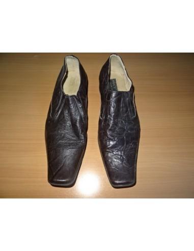 Pantofi cu banda elastica